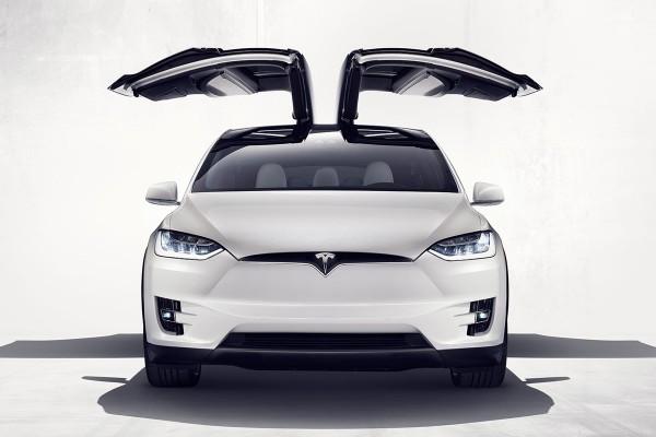 Tesla_x_uitgelicht