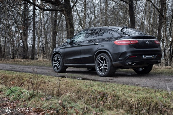 Luxcar-Mercedes-Benz-GLE-2
